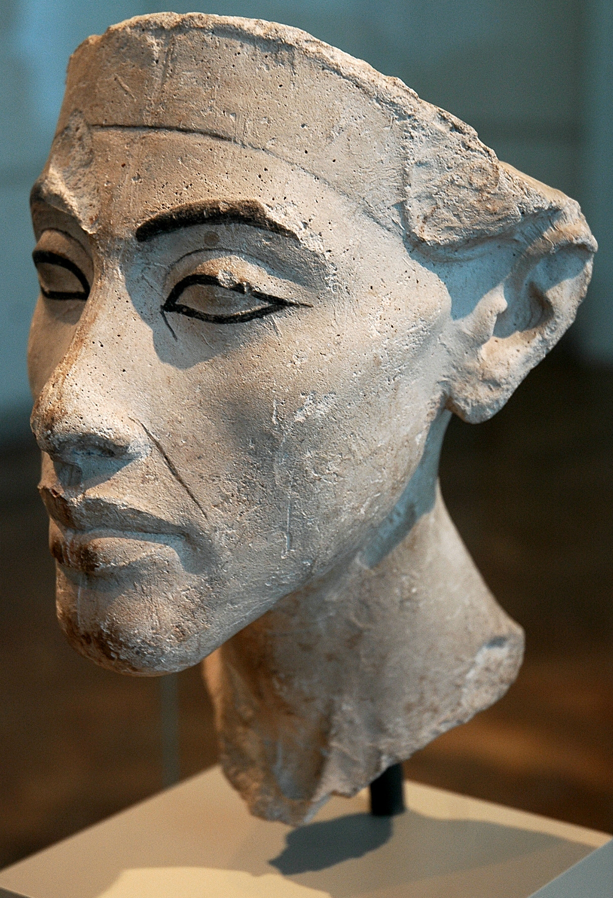 King akhenaten submited images