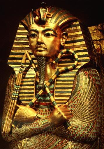 tutankhamun and tuthmosis iii relationship